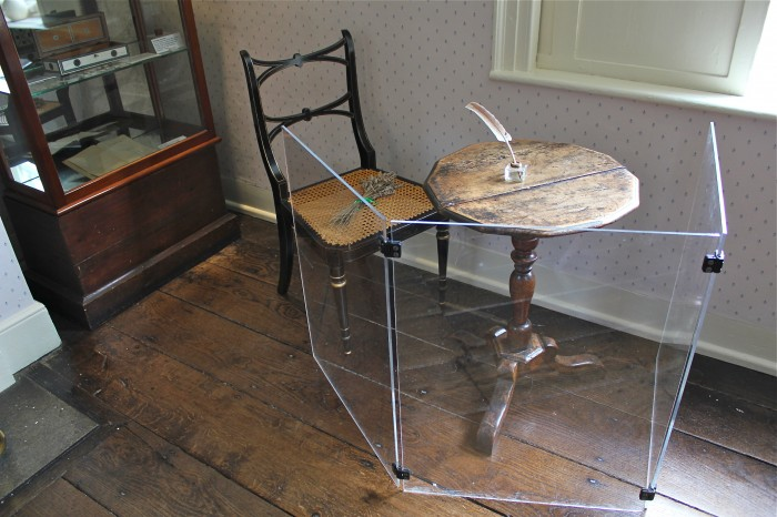 The table where Jane worked