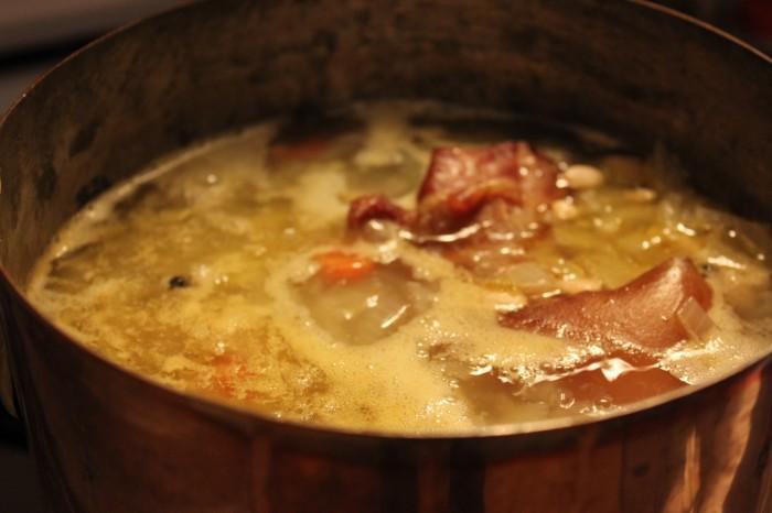 Bubbling bean soup
