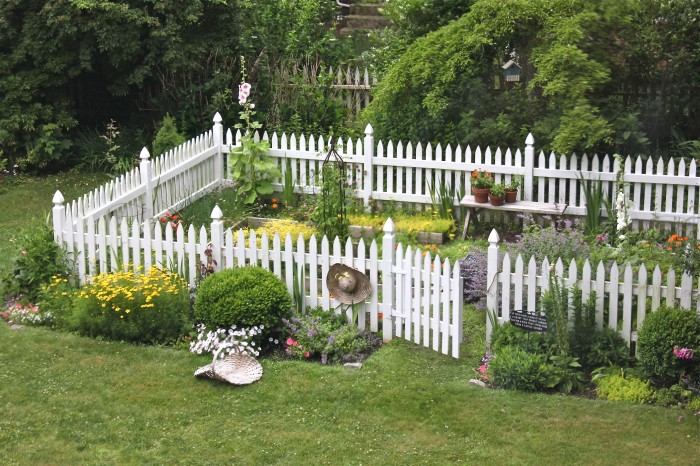 garden in repair